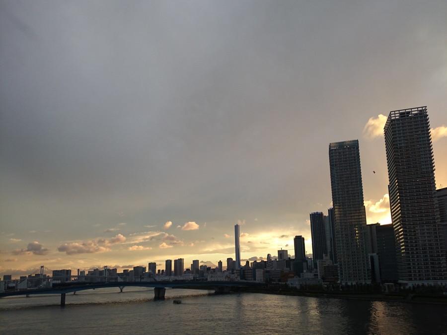 夕日の街並み